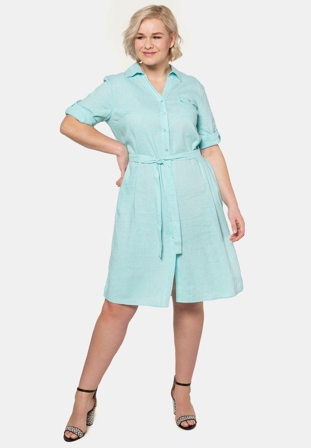 Robe chemise - helles türkis