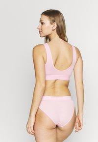 Calvin Klein Underwear - MONOGRAM UNLINED BRALETTE - Topp - prarie pink - 2