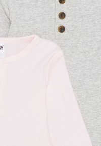 Cotton On - LONG SLEEVE PLACKET BUBBYSUIT 2 PACK UNISEX - Body - cloud marle/crystal pink - 3