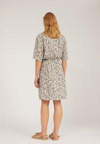 ARMEDANGELS - RAUHAA GREENHOUSE - Day dress - beige - 2
