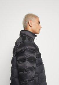 Jordan - JUMPMAN AIR PUFFER - Winter jacket - black/white - 3
