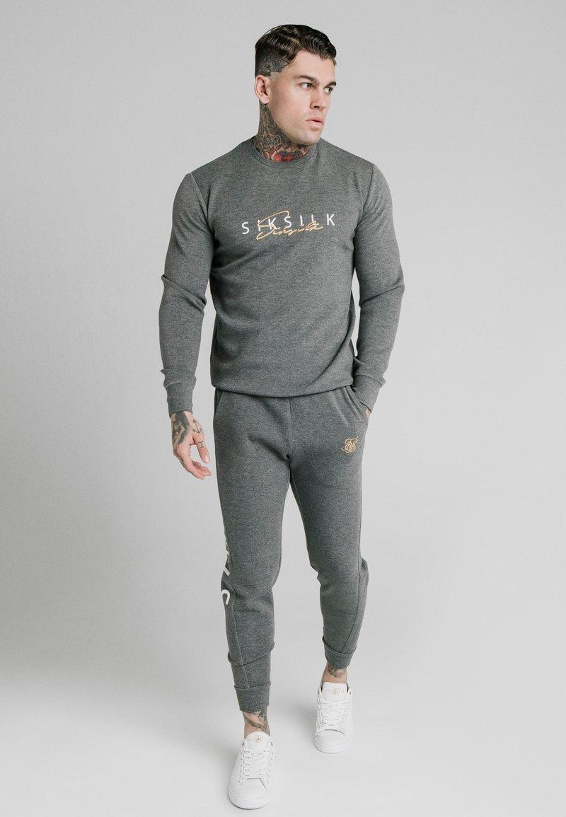 SIKSILK - Sweater - grey