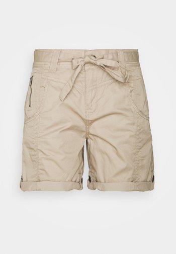 PLAY BERMUDA - Shorts - beige