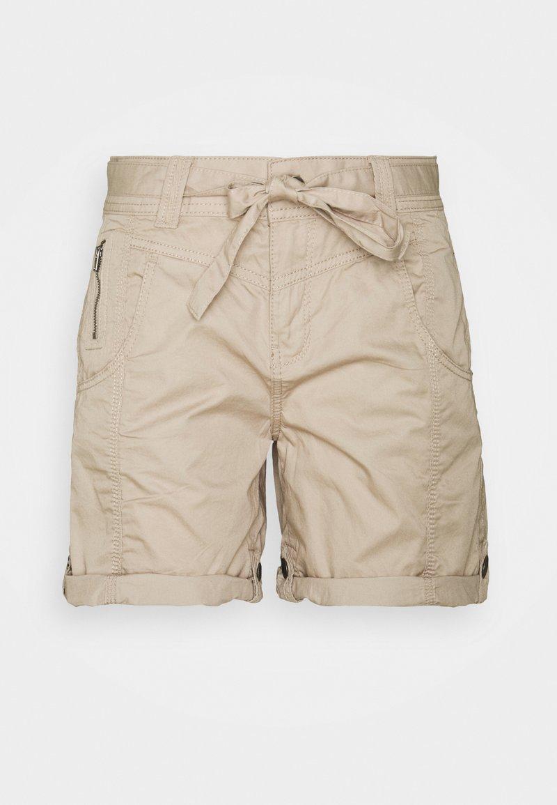 Esprit - PLAY BERMUDA - Shorts - beige
