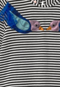 WAUW CAPOW by Bangbang Copenhagen - ELLY BIRDIE - Long sleeved top - black/white - 2