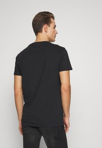 Pier One - T-Shirt basic - black - 2