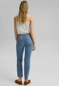 Esprit - Slim fit jeans - blue light washed - 2