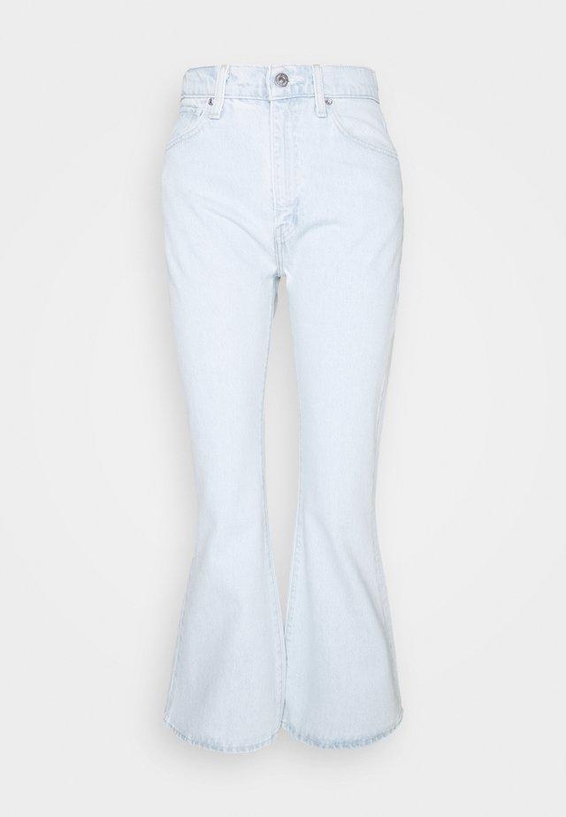 HIGH RISE FLARE - Jeans a zampa - freshies