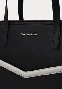 KARL LAGERFELD - MAU SHOULDER BAG - Bolso de mano - black - 5