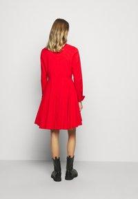 Steffen Schraut - EXCLUSIVE BLOUSE DRESS - Shirt dress - flash red - 2