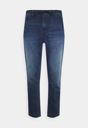 NEW JOHNSON GYMDIGO - Jeans straight leg - denim