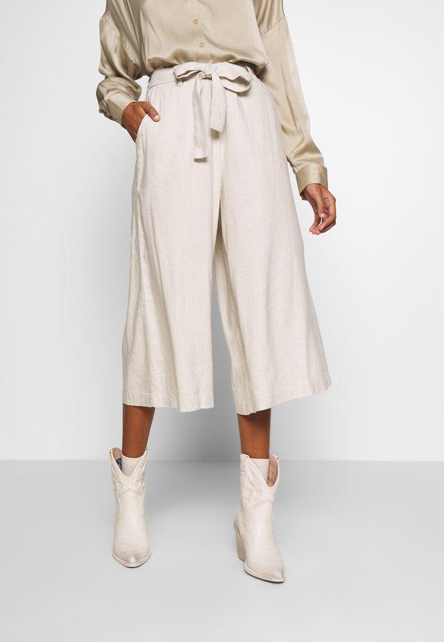 LAUREN CULOTTE - Pantalon classique - beige melange