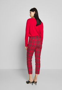 J.CREW - CAMERON IN GOOD TIDINGS - Pantaloni - red/black/multi - 2