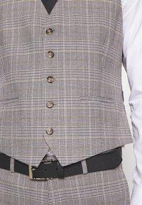 Burton Menswear London - Gilet elegante - grey - 4