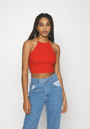 VIHAGEN CROPPED HALTERNECK - Topper - mars red