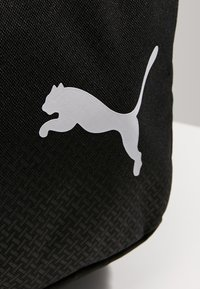 Puma - FUNDAMENTALS BAG - Torba sportowa - black - 4