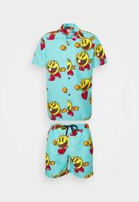 OppoSuits - PAC-MAN WAKA-WAKA SET - Shorts - blue - 0