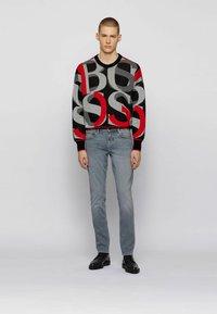 BOSS - Jeans slim fit - light grey - 1