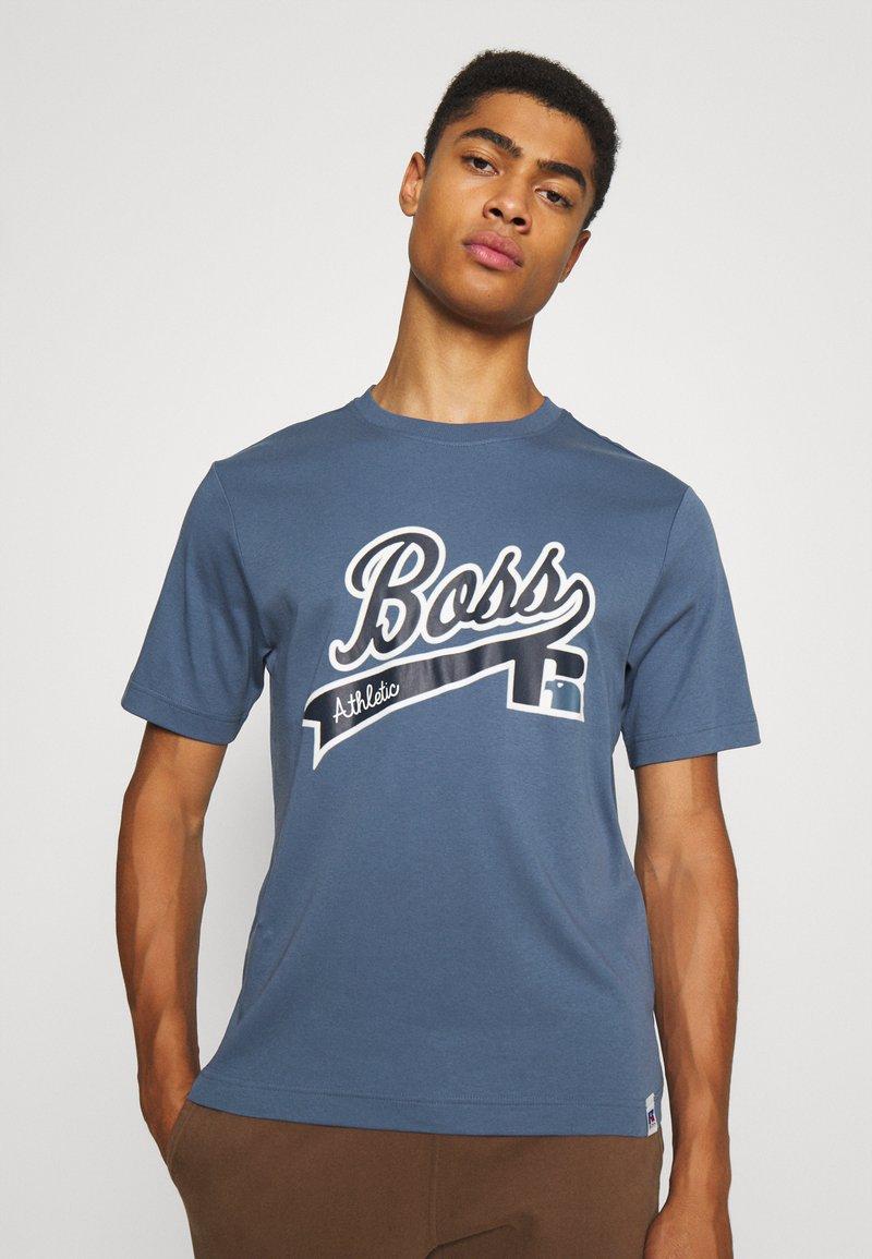BOSS - BOSS X RUSSELL ATHLETIC - T-Shirt print - bright blue