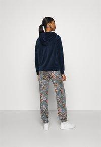 Vero Moda - VMATHENA - Zip-up hoodie - navy blazer - 2