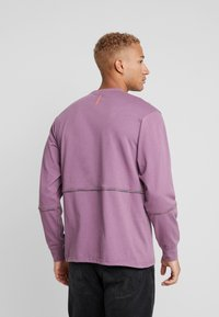 Mennace - UNISEX BRANDED PIPING - Sweatshirt - purple - 2