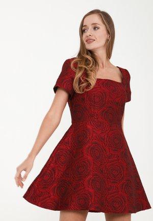 AGAVA - Day dress - weinrot