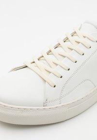 Topman - PERRY - Sneakers basse - white - 5