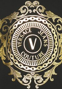 Versace Jeans Couture - T-shirt imprimé - black - 5