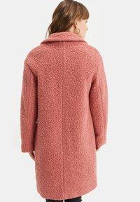 WE Fashion - TEDDY - Classic coat - old rose - 2