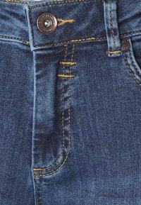 More & More - HAZEL - Jeans slim fit - mid blue denim - 2