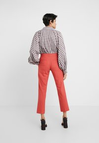 PS Paul Smith - Pantaloni - coral - 2