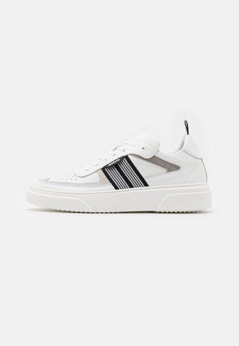 ARAD - Trainers - white