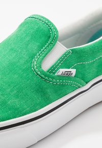 Vans - COMFYCUSH - Slip-ins - fern green - 6