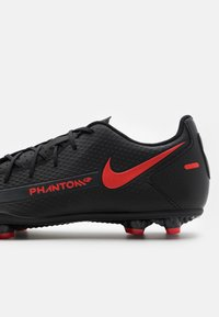 Nike Performance - PHANTOM GT CLUB FG/MG UNISEX - Fußballschuh Nocken - black/chile red/dark smoke grey - 5
