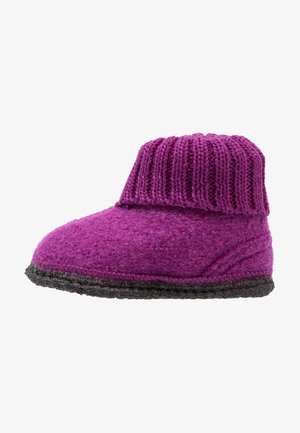 COZY - Slippers - purple