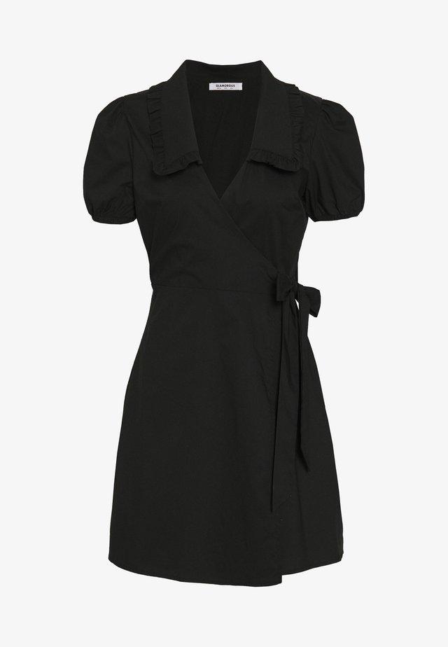 DRESS WITH RUFFLE COLLAR - Vestido informal - black