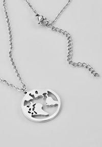 Heideman - WELTKUGEL GLOBUS - Necklace - silver-coloured - 0