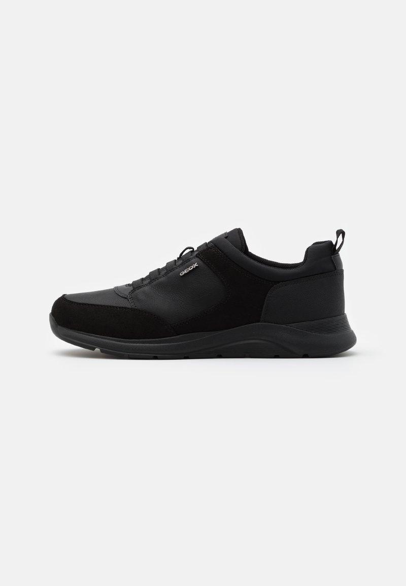 Geox - DAMIANO - Nazouvací boty - black