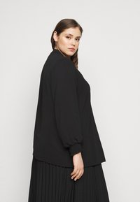 Evans - SHEARED CUFF WOVEN TOP - Blouse - black - 2