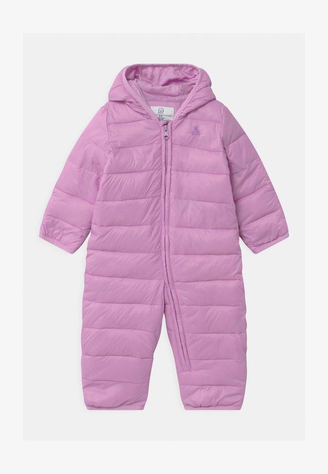 Schneeanzug - violet tulle