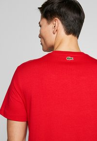 Lacoste - TH8602-00 - Print T-shirt - red - 3