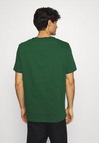 Lacoste - TH1868 - Print T-shirt - dark green - 2