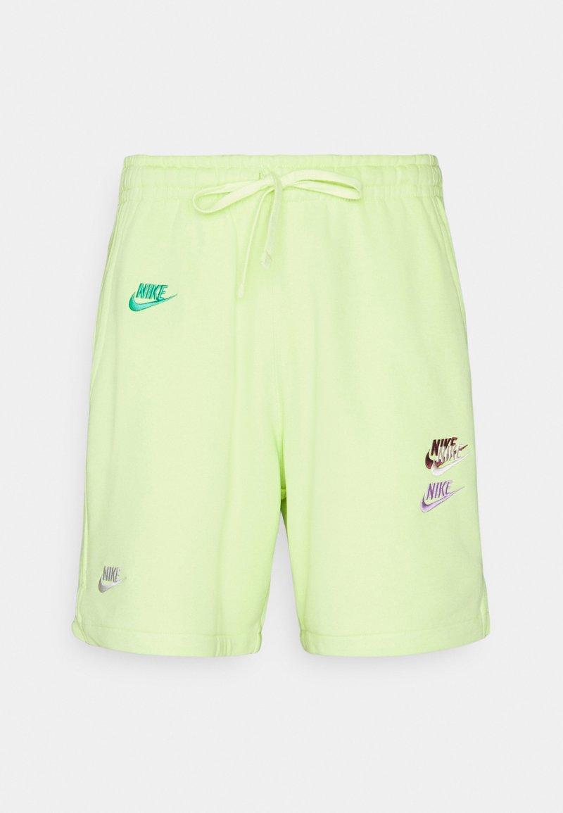 Nike Sportswear - Shorts - light lemon twist/light lemon twist