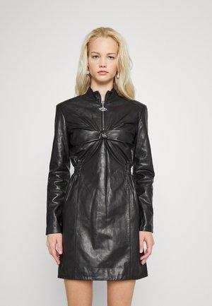 HALF ZIP TUCK DRESS - Sukienka letnia - black