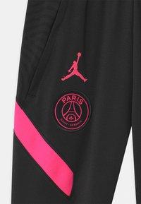 Nike Performance - PARIS ST GERMAIN UNISEX - Pelipaita - black/hyper pink - 2