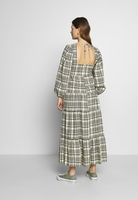 Topshop Maternity - CHECK TIERED NECK - Maxi dress - green - 2