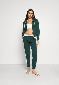 Calvin Klein Underwear - MODERN LOUNGE FULL ZIP HOODIE - Mikina na zip - camp - 1
