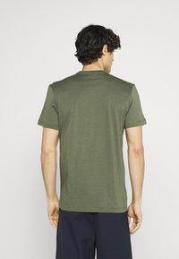 Lacoste - T-shirt - bas - tank - 2
