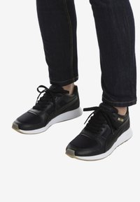 Puma - Trainers -  black - 0