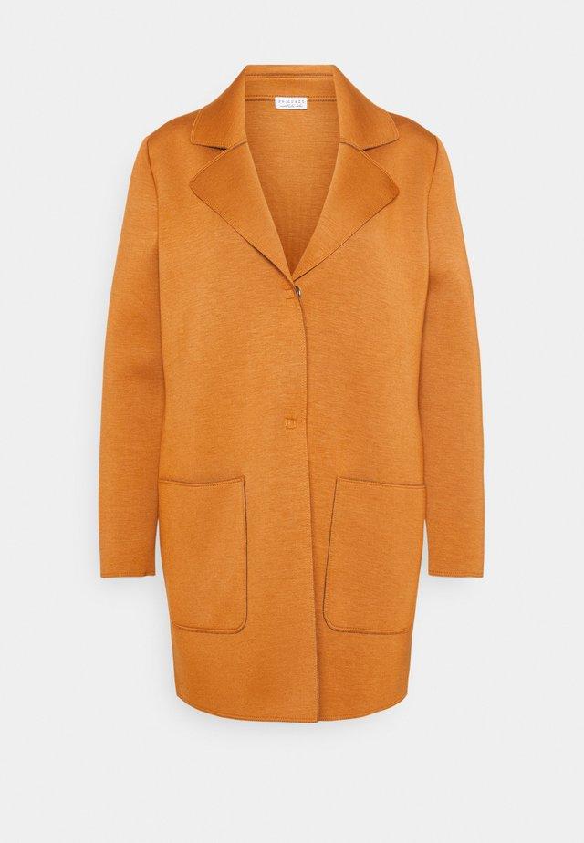 EASY COAT - Short coat - chai